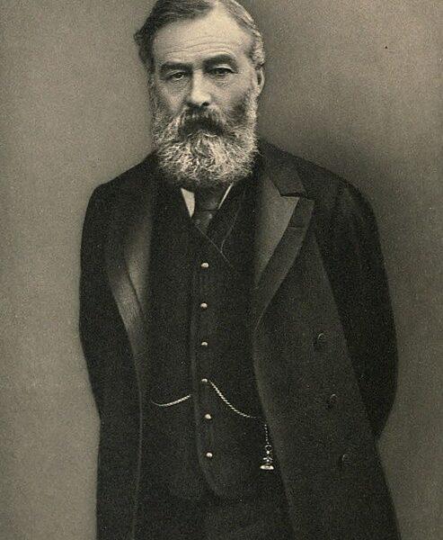 1883 में लॉर्ड रिपन ने इलबर्ट बिल पेश किया। इस बिल का नाम कौर्टन पेरेग्रीन इल्बर्ट के नाम पर रखा गया, जो भारत की परिषद के कानूनी सलाहकार थे।