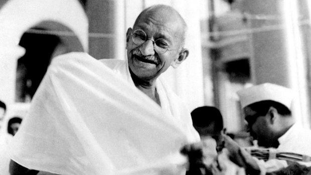 गांधी-इरविन पैक्ट 5 मार्च 1931 को महात्मा गांधी और भारत के वायसराय लॉर्ड इरविन द्वारा हस्ताक्षरित एक राजनीतिक समझौता था। लंदन में दूसरे गोलमेज सम्मेलन से पहले इस पर हस्ताक्षर किए गए थे।
